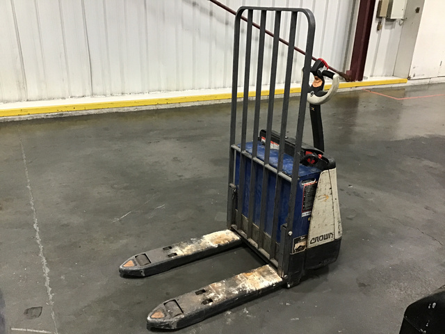 Crown Pallet Jack For Sale IronPlanet