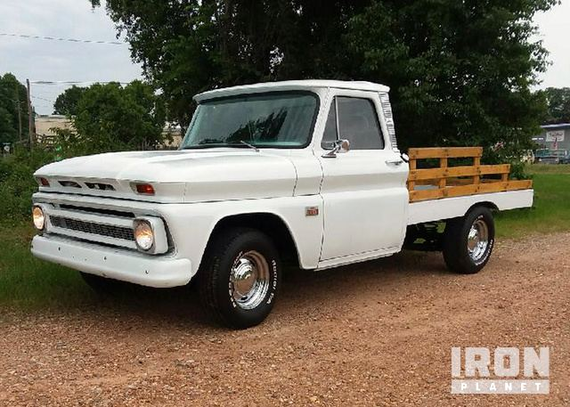 1966 Chevrolet C10 Flatbed Pickup in Tulsa, Oklahoma, United