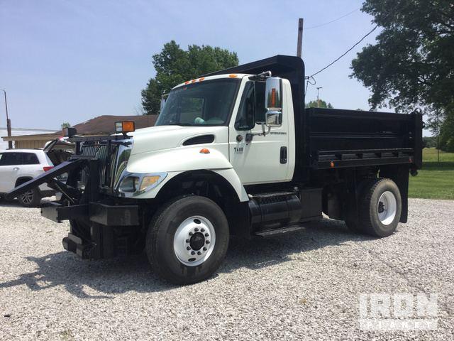2004 International 7400 S/A Dump Truck in Terre Haute
