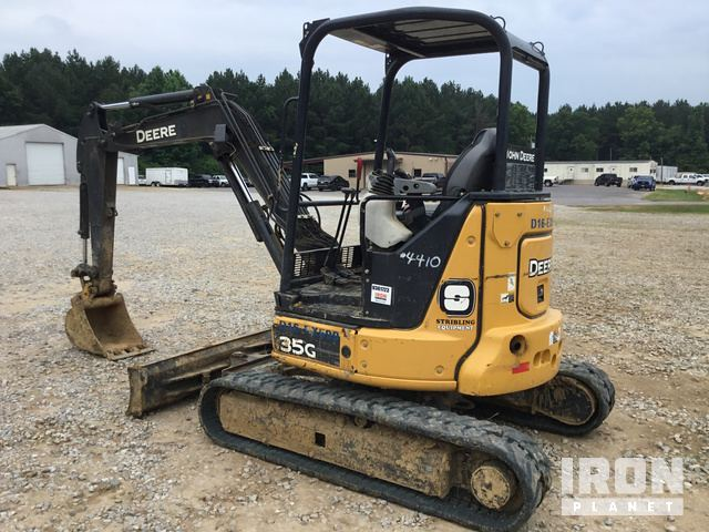 2015 John Deere 35G Mini Excavator in Newton, Mississippi