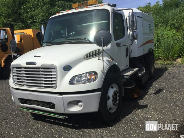 Surplus 2009 Freightliner M2 106 Sweeper Truck in Port