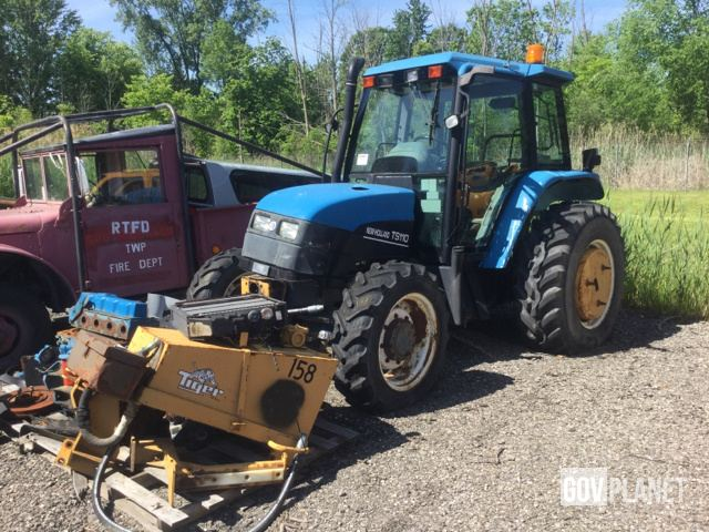 New Holland TS110 4WD Tractor