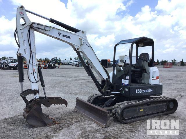 2014 Bobcat E50 Mini Excavator in Davenport, Florida, United States