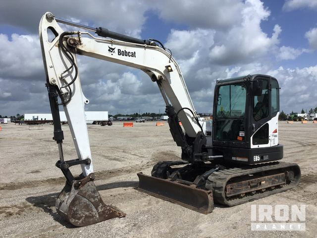 Bobcat E85 Mini Excavator in Davenport, Florida, United