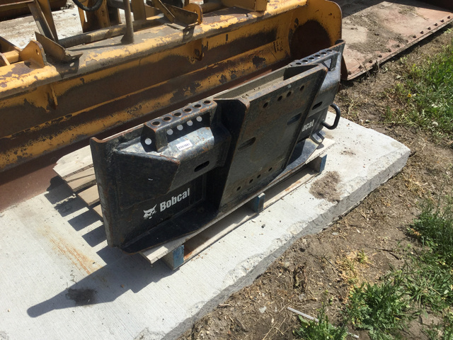 Skid-Steer Attachments Skid-Steer Attachment Mounting Plate