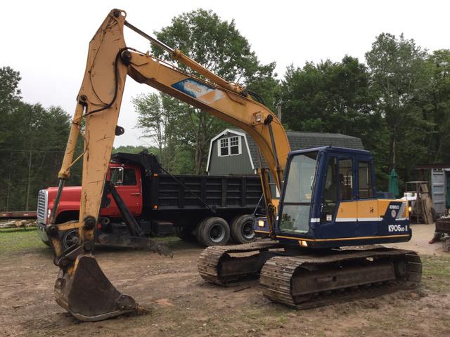Kobelco K905LCII Track Excavator