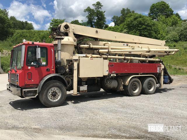 Schwing 32XL Concrete Pump on 2002 Mack MR688S Truck in ... on mack gu813 specifications, mack dm800, mack r600, mack b81, mack ms200, mack heavy haulers, mack dm600, mack mru613, mack b75, mack truck hauler, mack dump trucks, mack cv713, mack cxn613, mack cxn612, mack cv712, mack cs200, mack dmm, mack roll off trucks, mack ch613,