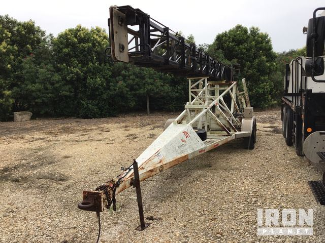 Lot 1180 - T/A Mast Trailer, 55' high telescoping mast