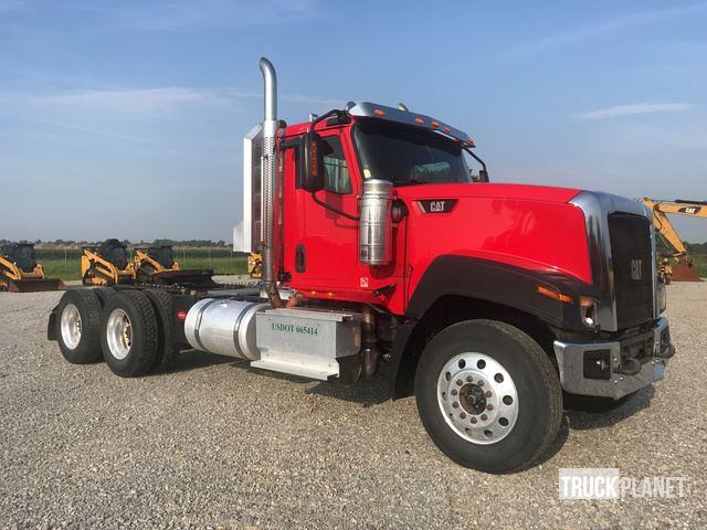 2016 Cat CT680 T/A Day Cab Truck Tractor in Jonesboro