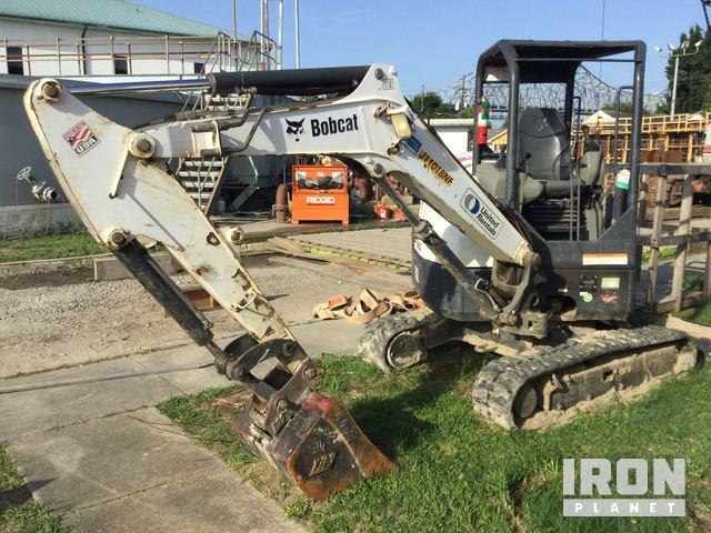 2014 Bobcat E32 Mini Excavator in New Orleans, Louisiana