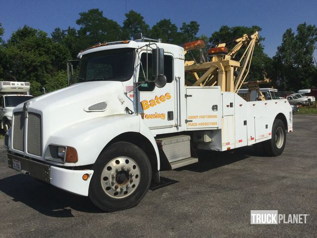 1997 (unverified) Kenworth T300 Tow Truck