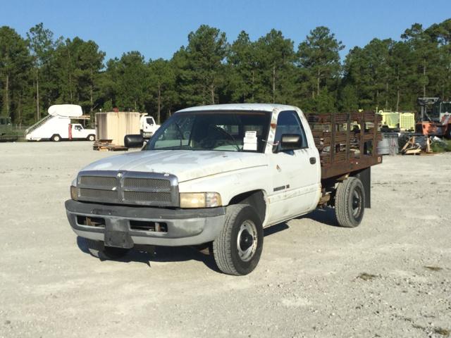 1996 Dodge Ram 2500 Flatbed Truck