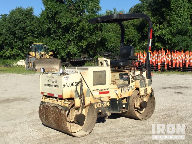 1999 Ingersoll-Rand DD-24 Vitory Double Drum Roller in ... on