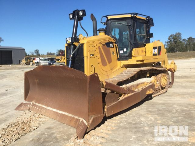 Caterpillar D7E Hybrid Crawler Tractor Specs & Dimensions
