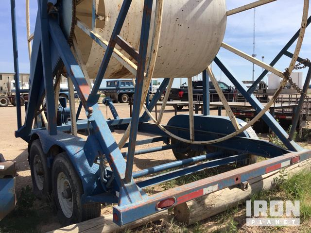 Lot 1110 - 2005 Vertical Poly Pipe T/A Reel Trailer in