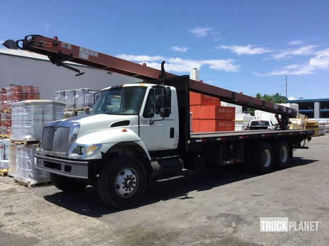 International 7400 SBA 6x4 (2004) Cab and Chassis Specs & Dimensions