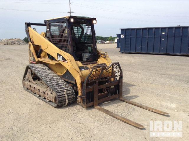 Cat 287B Compact Track Loader in Durand, Michigan, United