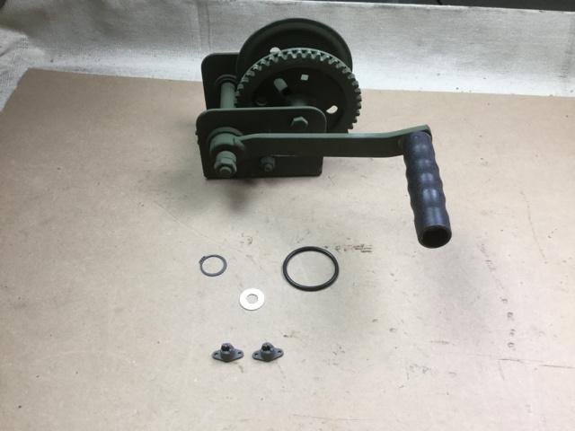 (10) Handle Cranks, (100) Lock Washers