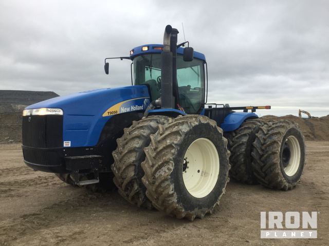 2009 New Holland T9050 Articulated Tractor in Gillam
