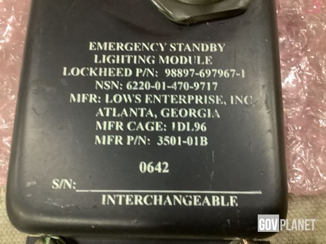 Surplus (4) Lockheed Martin 697967-1 Emergency Light Units