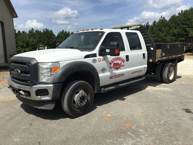 2012 Ford F-550 Super Duty 4x4 Flatbed Truck