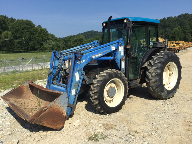 New Holland TN65D 4WD Tractor