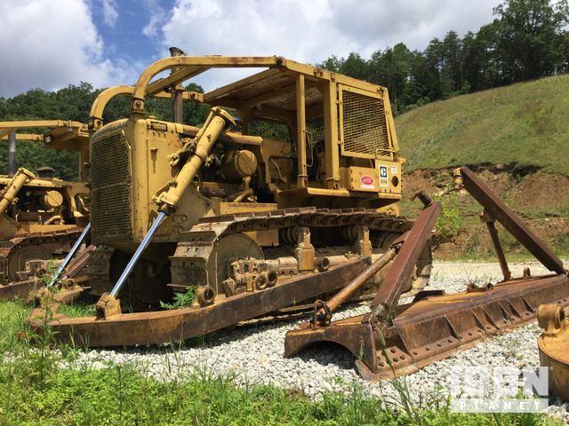 Caterpillar D7G Crawler Tractor Specs & Dimensions