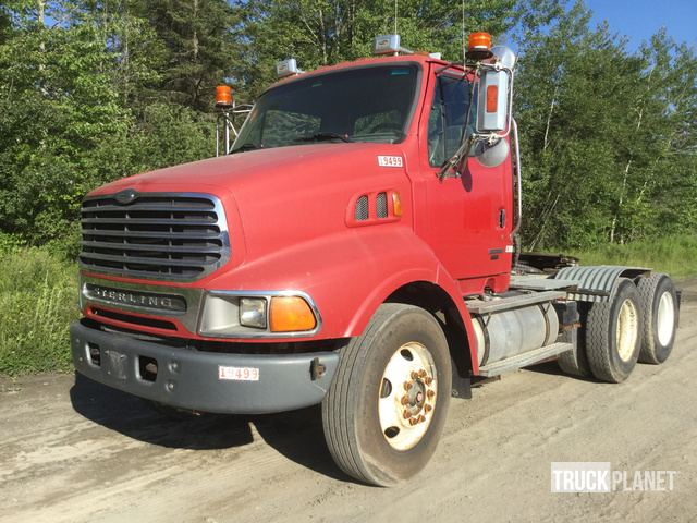 2004 Sterling LT9500 T/A Day Cab Truck Tractor in Hermon