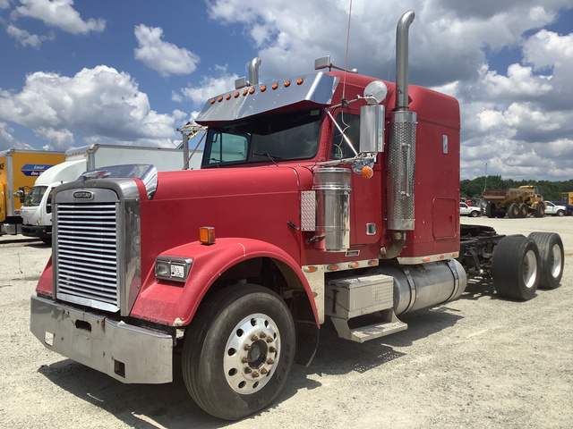 2001 Freightliner FLD120 T/A Sleeper Truck Tractor