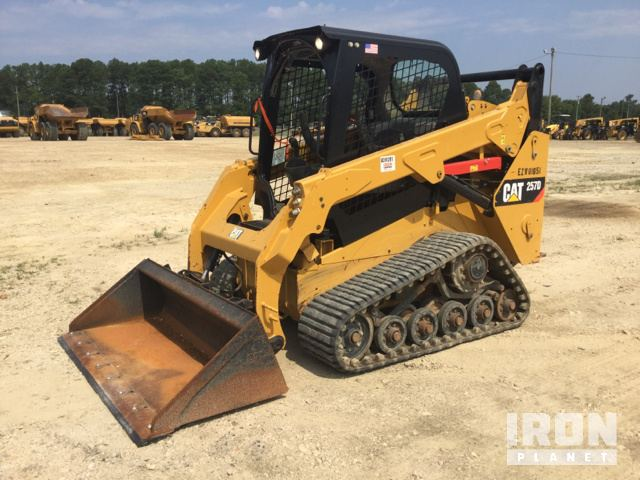 Caterpillar 257 Multi Terrain Loader Specs & Dimensions