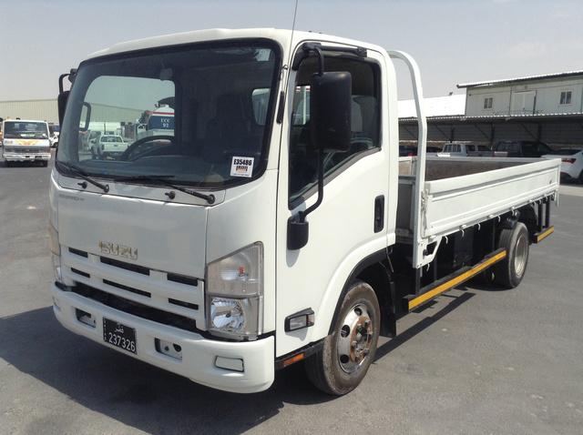 2011 Isuzu NVR T/A Flatbed Truck
