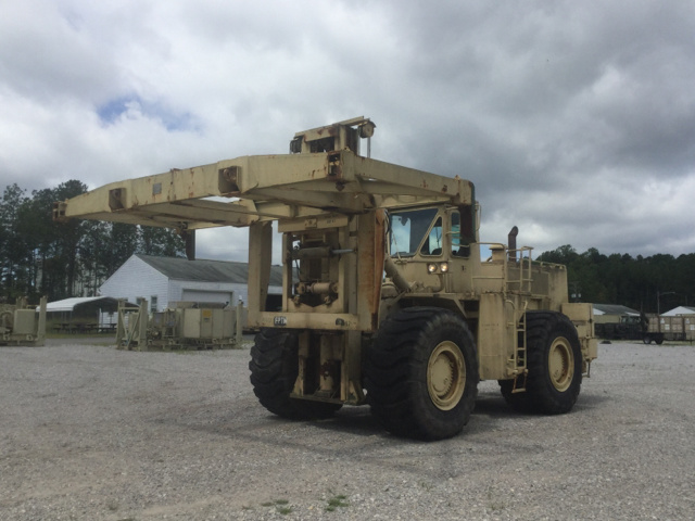Cat 988B/DV43 Container Handler