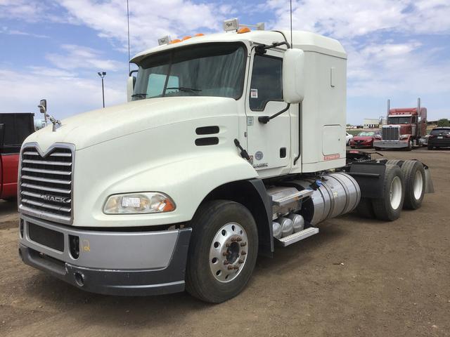 2016 Mack CXU613 T/A Sleeper Truck
