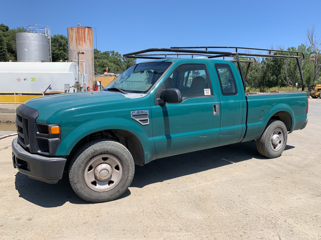 2008 Ford F-250 XL Super Duty Extended