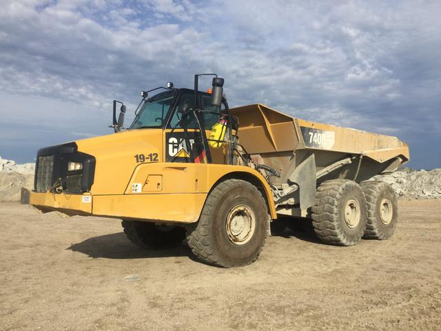 2014 Cat 740B Articulated Dump Truck