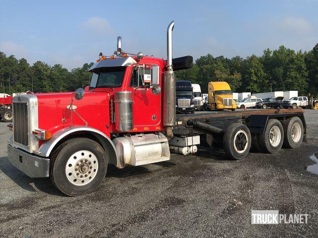 2000 Peterbilt 379 Roll Off Truck