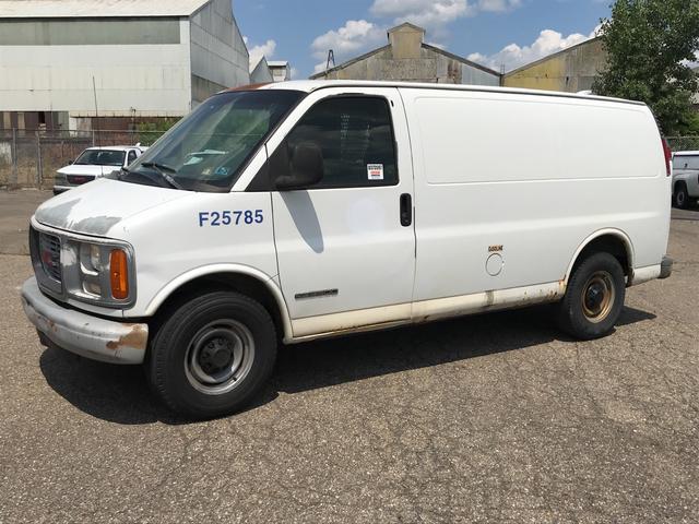 2000 GMC Savana G3500 Cargo Van