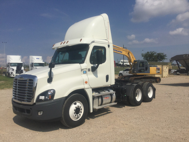 Freightliner Trucks & Trailers For Sale | GovPlanet