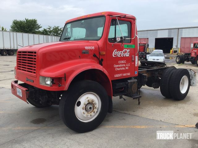 2001 International 4900 S/A Day Cab Truck Tractor in