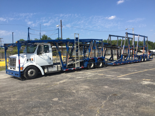 2004 Sterling Car Carrier w/ 2004