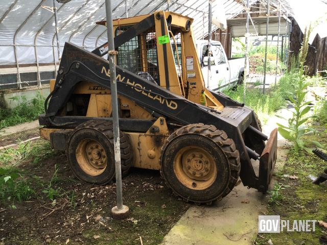 New Holland LS170 Skid Steer Loader Specs & Dimensions