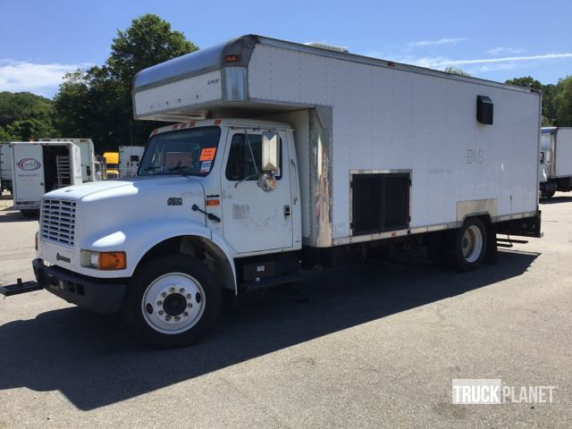 1996 International 4700 Lo Profile Cargo Truck
