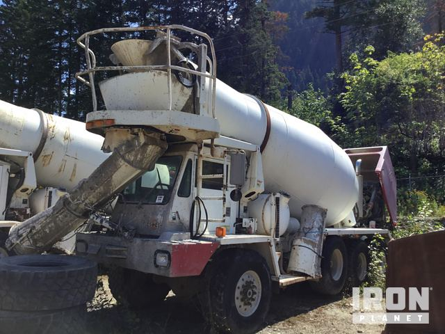 1997 Oshkosh S2146 Tri/A Mixer Truck in Hope, British