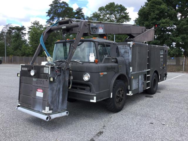 Landoll Deicing Unit on 1985 Ford