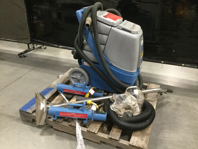 2010 (unverified) Tennant S30 Sweeper
