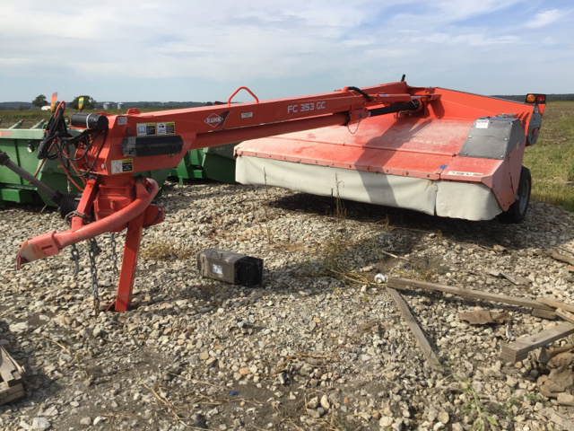 Balers / Hay Equipment For Sale in Auctions| SalvageSale