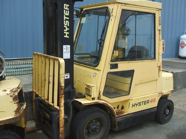 Pneumatic Tire Forklift: <15,000lb For Sale | GovPlanet