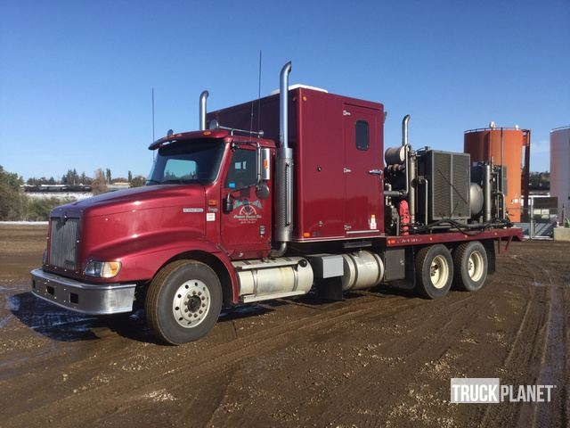 2001 International 9200 Air Compressor Truck