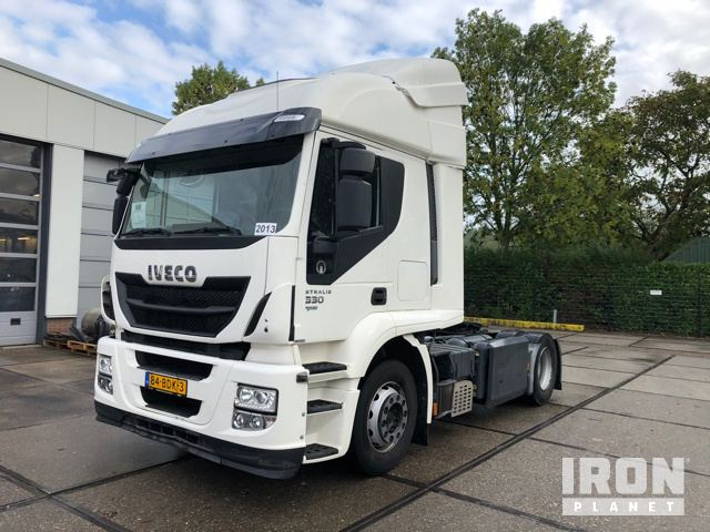 2013 Iveco Stralis AT440T/P CNG/LNG 4x2 Sleeper Truck Tractor, Truck Tractor (S/A)