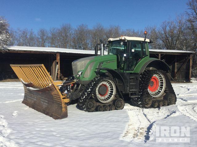 2015 Fendt 933 Vario Track Tractor, Track Tractor